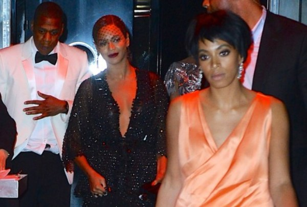 Beyonce Referees The Solange / Jay-Z MMA Elevator Fight! – The LanceScurv Show