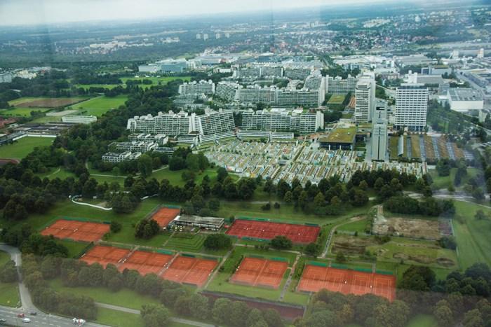 olympiaturm-munchen-tennisbanor