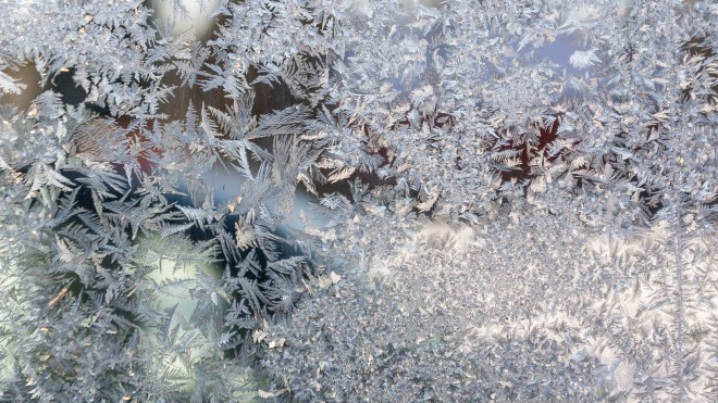 Frost Crystals on Garage Window_1920 x 1080 px