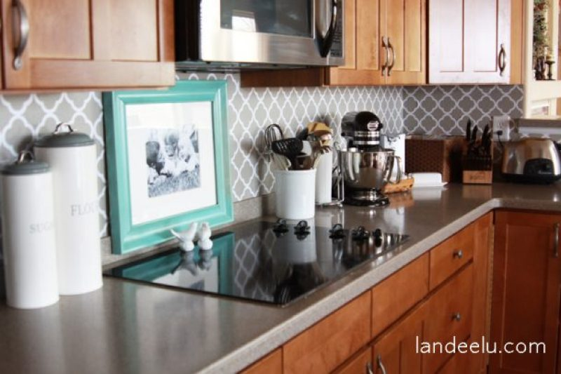 Easy Vinyl Backsplash For The Kitchen Landeelu Com