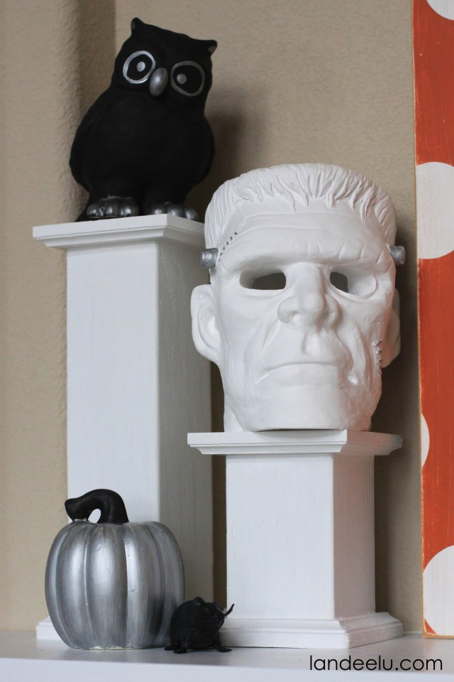 halloween mantel decoration 2