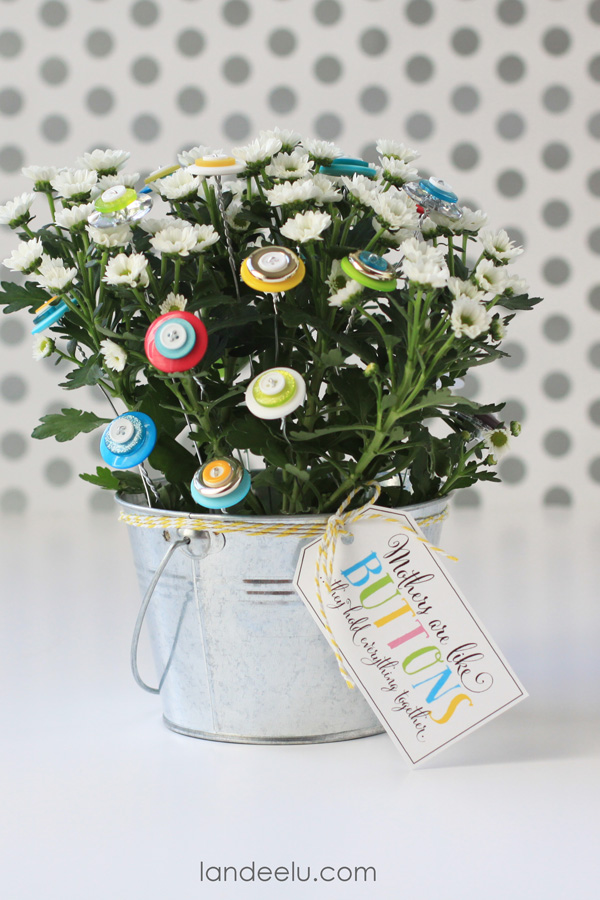 Flower Craft Idea with Buttons