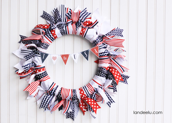 Patriotic Ribbon Wreath from landeelu.com