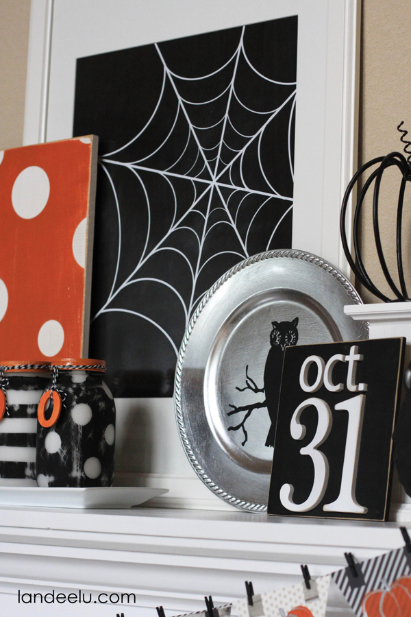 Halloween Mantel from Landeelu