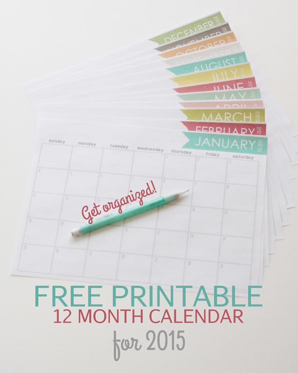 Such a cute free printable calendar for 2015! landeelu.com
