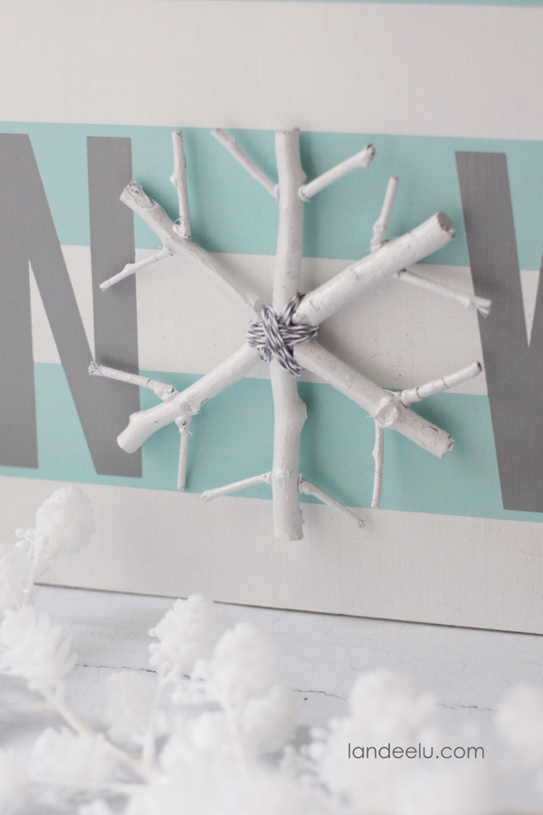 DIY Winter Sign and Snowflake Craft    landeelu.com  The snowflake is practically free... so cute!