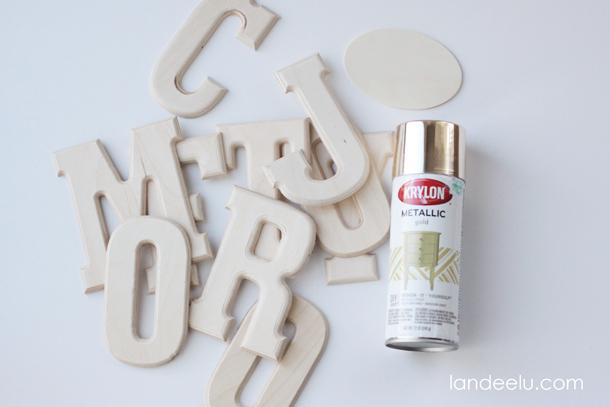 DIY Gold Mantel Decor | landeelu.com