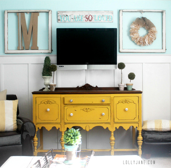 Lolly Jane how-to-decorate-around-a-tv