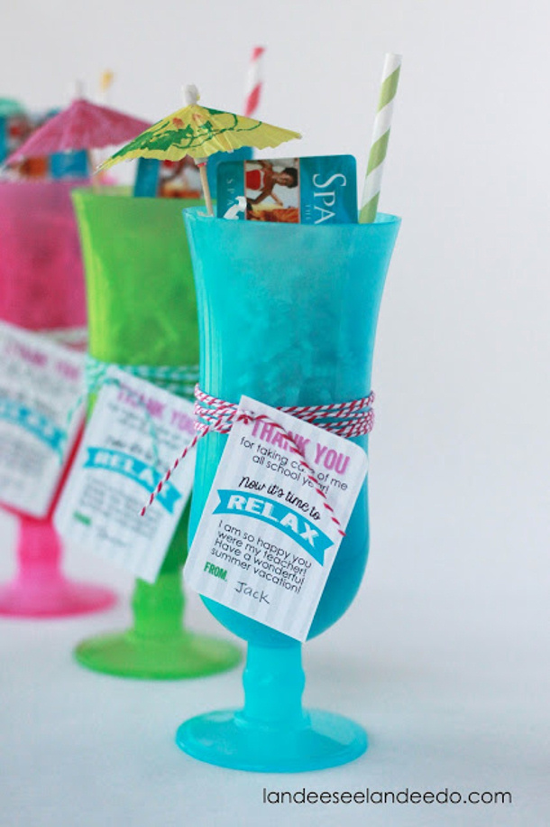 Relax+Teacher+Gift+Idea+Spa Gift Card Umbrella Drink Landee See Landee Do