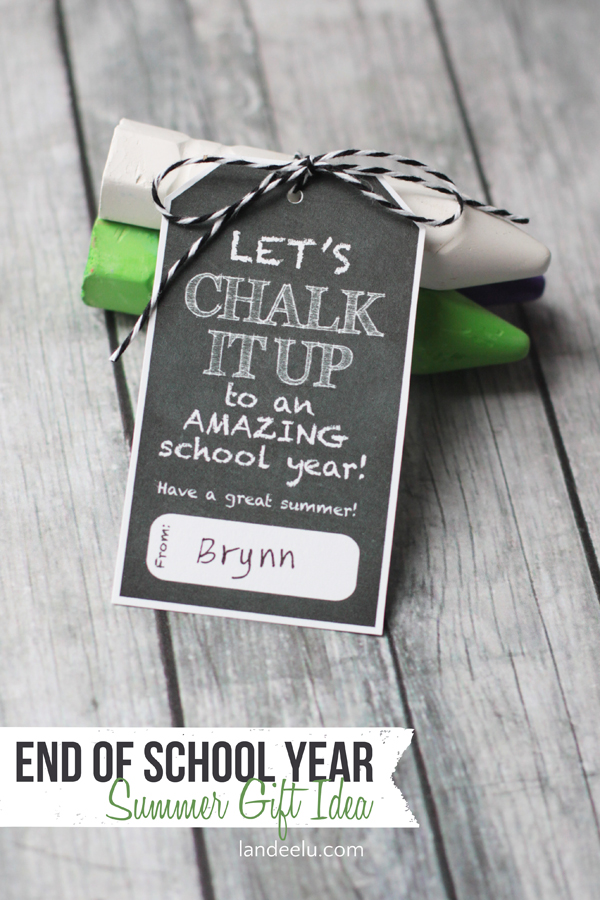 Chalk it Up Summer Gift Idea | landeelu.com  Would be so cute for kids to give to classmates or for a teacher to give to students at the end of the year!