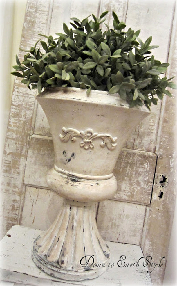 Down to Earth Style antiqued planter pot DIY tutorial