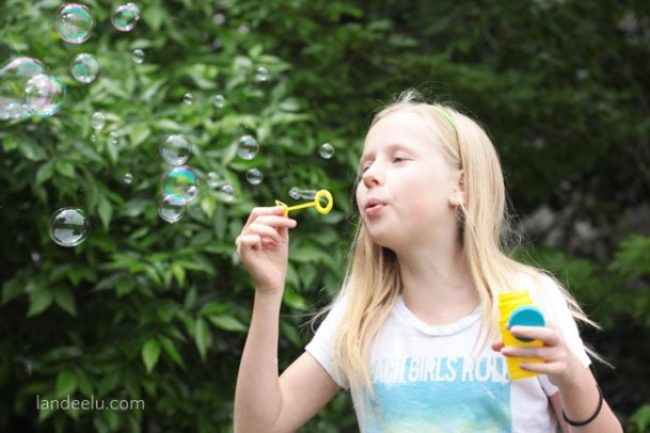 "Summer Boredom Buster: Bubble Games! | landeelu.com Stop the ""I'm Bored!"" routine by printing off these fun bubble games ideas and giving your kids a bottle of bubbles!"