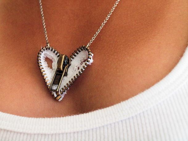 Zipper Heart Necklace via coplusk