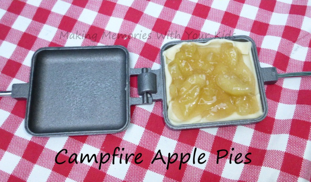 campfire-apple-pies-making memories with your kids
