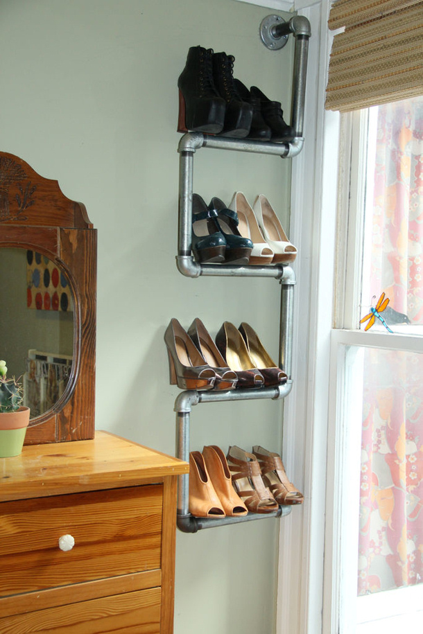 Make an Industrial Chic Shoe rack from pipes - Tutorial via instructables