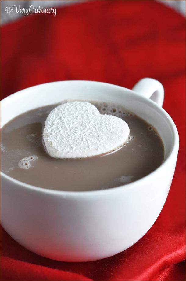 Homemade-Heart-Marshmallows Belly Full