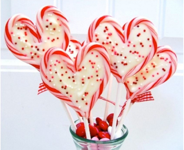 Sweetheart Candy Cane Pops