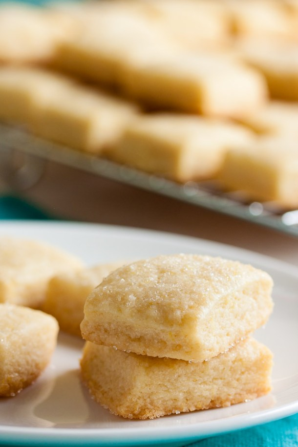 Shortbread Cookies - Soft and Yummy Lemon Shortbread Recipe via Wanna Come With