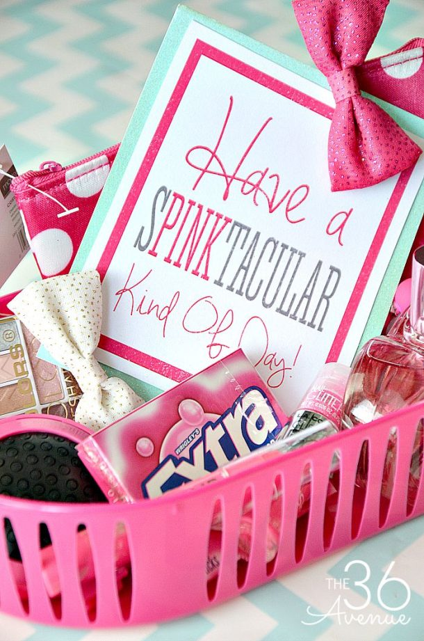 Do it yourself gift basket ideas for all occasions landeelu do it yourself gift basket ideas for all occassions have a spinktacular or pinktastic kind negle Images