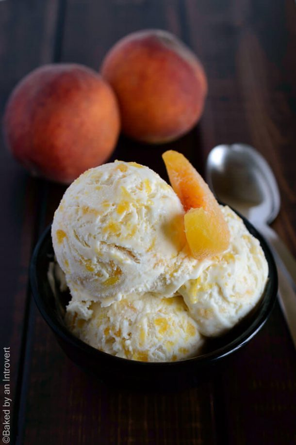 Ice Cream Dessert Recipes - Peaches and Cream Homemade Ice Cream Recipe via Baked by an Introvert