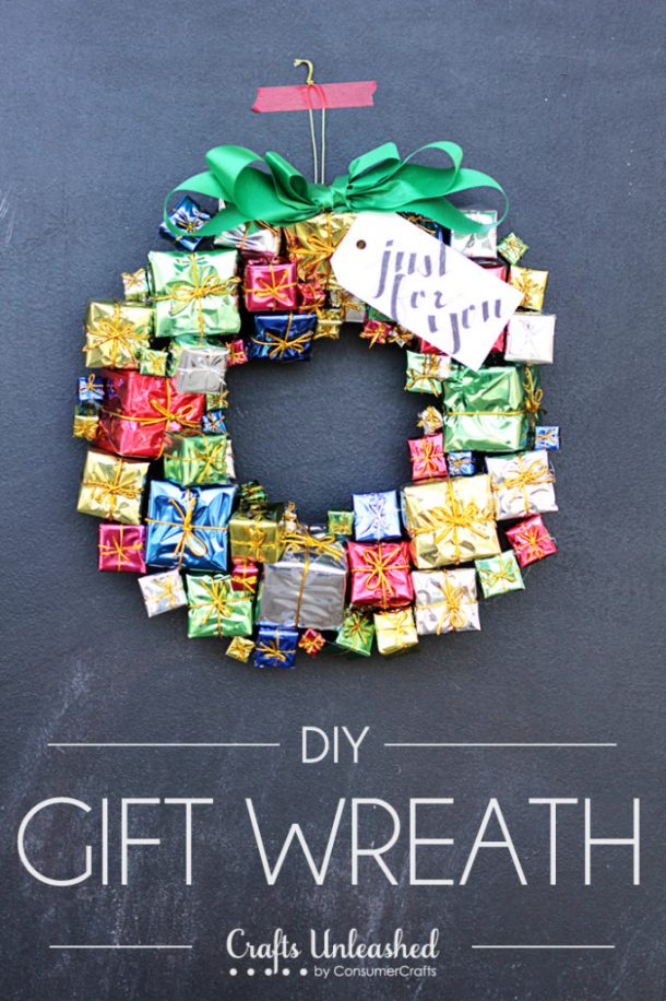 DIY Gift Box Christmas Wreath Tutorial | Crafts Unleashed