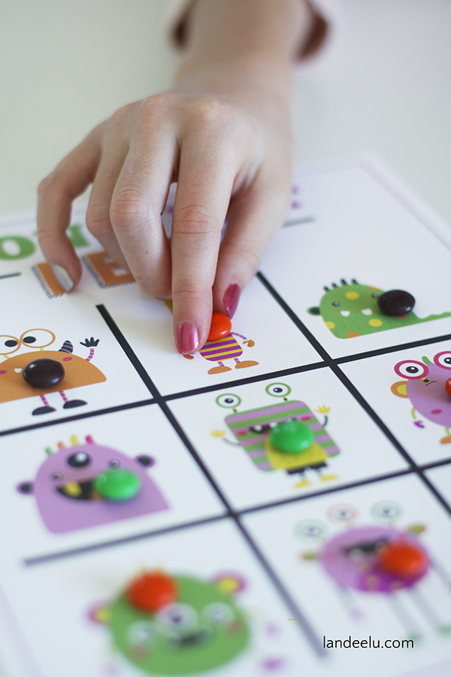 Such a cute Halloween game for kids! Fun Halloween party game and easy with this free printable!