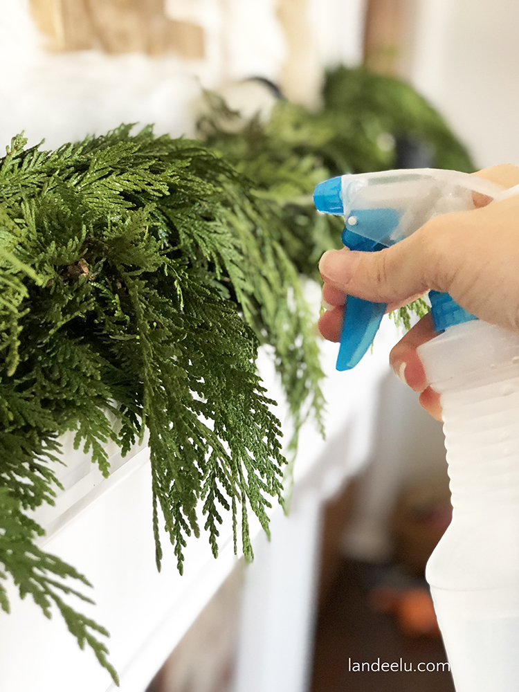 Great tips on keeping Christmas greenery fresh for weeks!