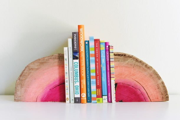 DIY Half Log Bookends | Homedit