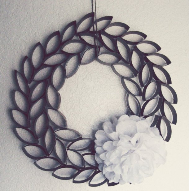 TP Roll Wreath | Somewhere in the Middle