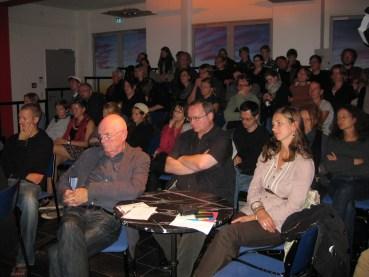 Das interessierte Publikum der Podiumsdiskussion
