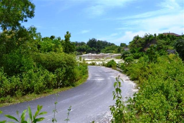 Land in Jimbaran for sale 11,700 sqm Stunning view