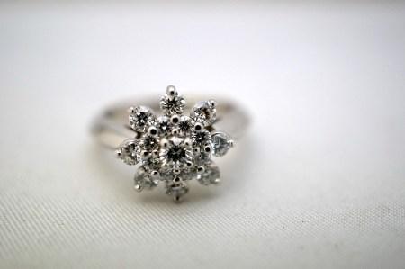エンゲージリング ダイアモンド