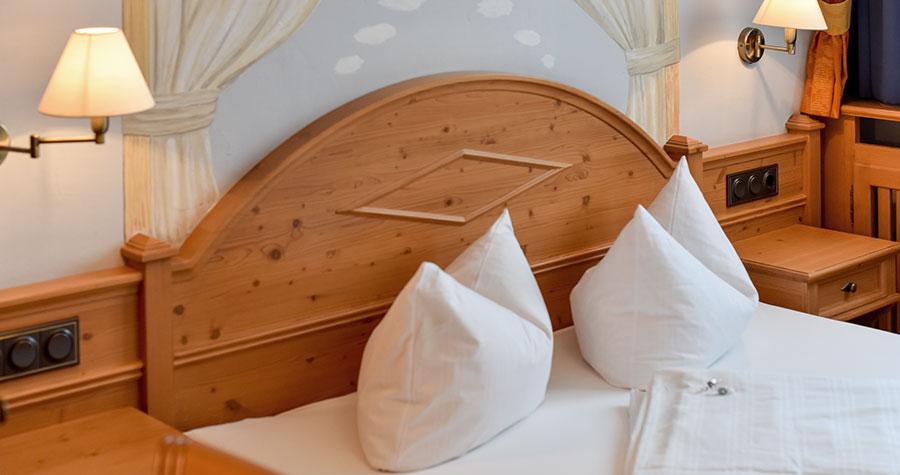 Doppelbett im Hotel