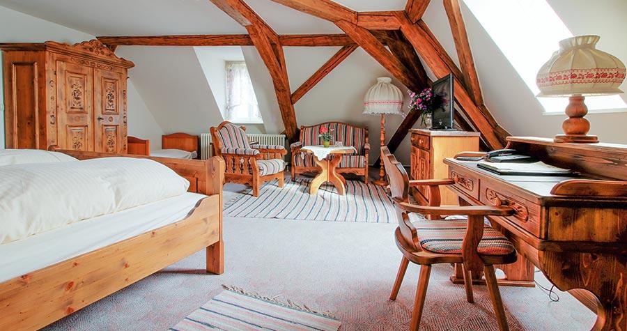 Gemütliches Familienzimmer mit Brauhof-Gewölbe