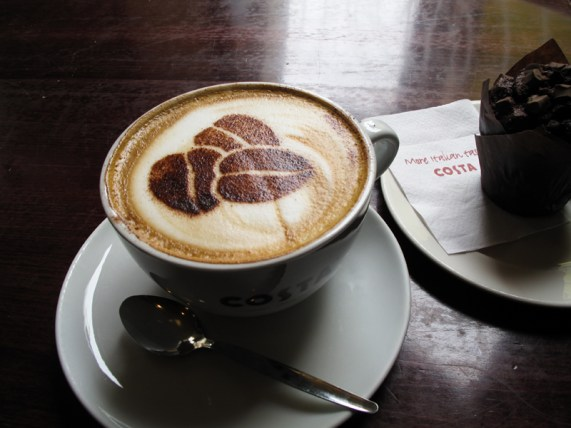 Costa Coffee geht immer.