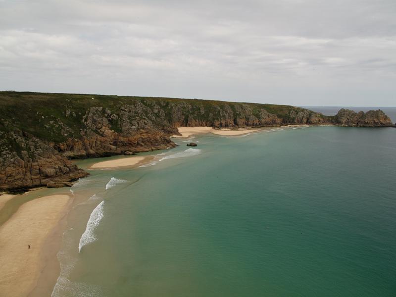 weiße Sandbuchten am Coast Path