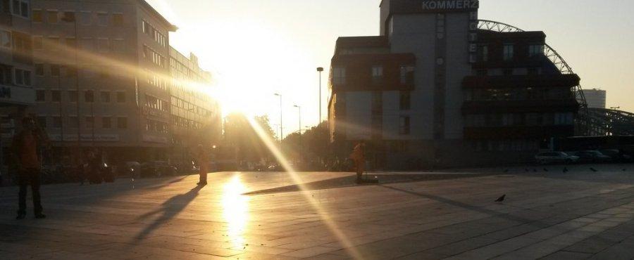 Morgenwanderung durch Köln: Breslauer Platz (© Foto von Carmen Perez)