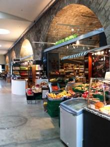 Regionale Köstlichkeiten findet man in der Markthalle