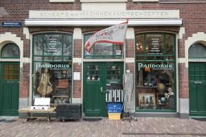 Spaziergang durch das Städtchen Dordrecht