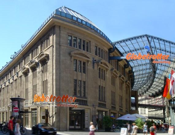 Außenansicht Olivandenhof Filiale Köln