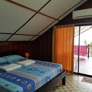 Unser Zimmer im Das Sea Breeze House Nai Plao