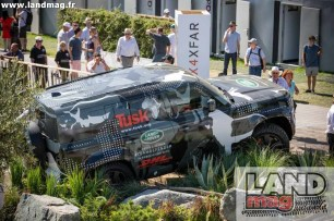LR_DEFENDER_GOODWOOD_040729_08