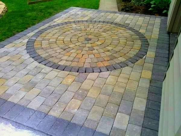 square patio with a multi colored round