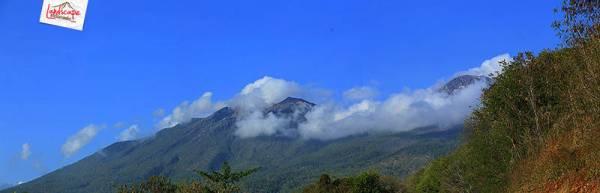 gunung suami istri Lewotobi