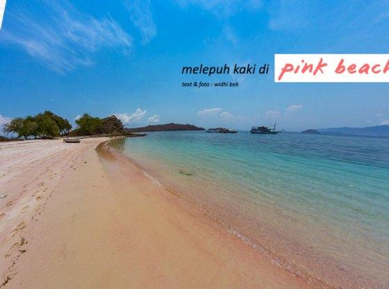 pinkbeach pesonaindonesia 2 tn - Melepuh kaki di Pink Beach