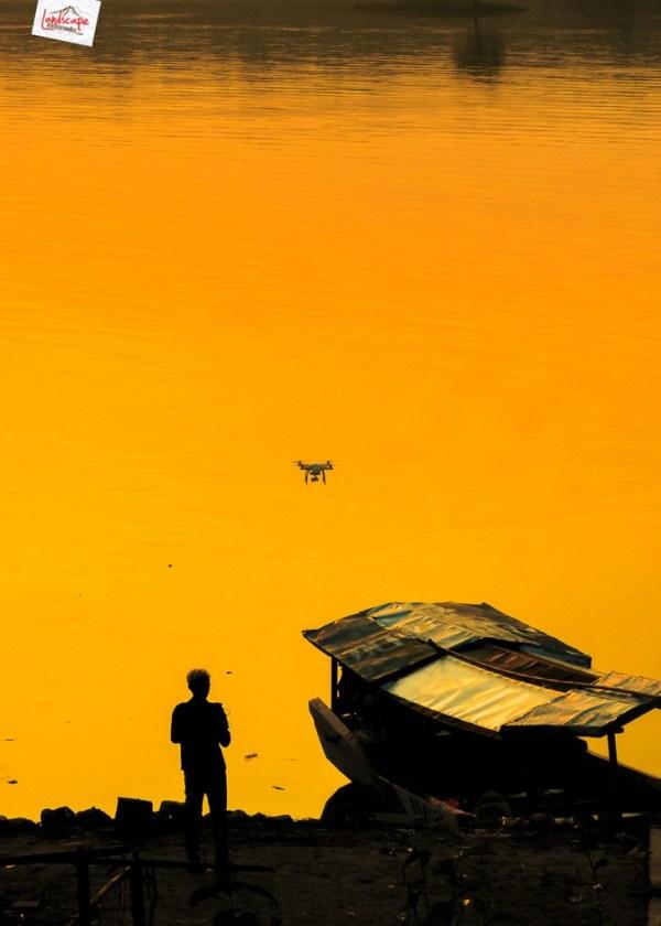 kedungombo dari udara - pengendali drone