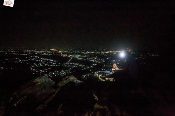 view malam sukoharjo dari puncak bukit laskar pelangi