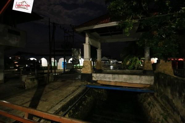 "lumba lumba mola wakatobi 02 - ""Berburu"" Lumba Lumba di Bajo Mola"