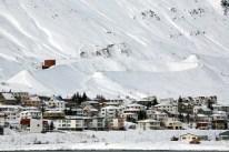Siglufjordur-Avalanche-1