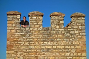 Aaron high up on the surrounding city wall